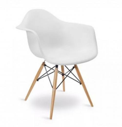 Cadeira DAR de Polipropileno com Base de Madeira